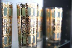 loooove gold trimmed glassware..