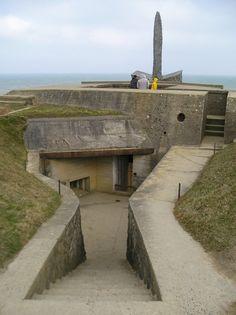 Abandoned world war ii era pill box midway atoll ruins pinterest midway atoll pill boxes - Point p bayeux ...
