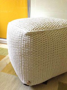 Handmade of recycled threads - just beautiful!  Modern Çevre Dostu Puff Zet.com'da. 195, Floor Cushions, Ottoman, Recycling, Flooring, Modern, Fabric, Handmade, Furniture