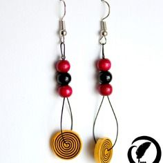 Spiral earrings in yellow paper, black and dark red-quilling wood beads