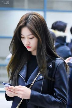 Kim So Eun, Kim Sejeong, Kim Ji Won, Korean Actresses, Korean Actors, Korean Airport Fashion, High School Love, Kim Yoo Jung, Hallyu Star