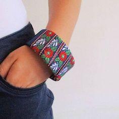 Nový DIY post je na blogú! ❤  radostjevolba.wordpress.com 😊 #náramok…