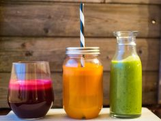7 fristende juice og smoothie | Meny.no Hot Sauce Bottles, Smoothie, Juice, Food, Juicing, Smoothies, Meals