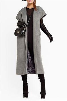 Пальто без рукавов фото): тенденции 2016 же - Tesettür Tunik Modelleri 2020 - Tesettür Modelleri ve Modası 2019 ve 2020 Mode Abaya, Mode Hijab, Ärmelloser Mantel, Hijab Fashion, Fashion Dresses, Trends 2016, Sleeveless Coat, Winter Mode, Winter Outfits