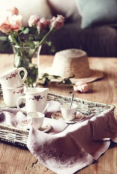Coffee Time   On The Center Coffee Table, By Merc U0026 Cia, Is A Coffee Set In  A Country Style. De Antigua Caballeriza A Casa De Campo (From Old To Stable  ...