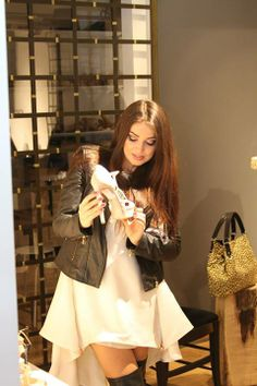 Elena from Mandinga is choosing the right shoes! #parlor #dress #shoes #musette