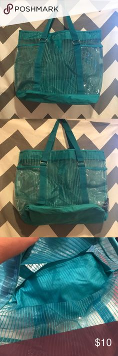 Teal swimming bag Guc Teal swimming Bag ... please see pics markings on bottom ...🅱️undle & Save ...Please Ask Questions ❓❓ Bags Totes