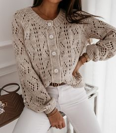 Cardigan Outfits, Cardigan Fashion, Knit Fashion, Knit Cardigan, Casual Outfits, Cheap Cardigans, Cardigans For Women, Pullover Mode, Pulls