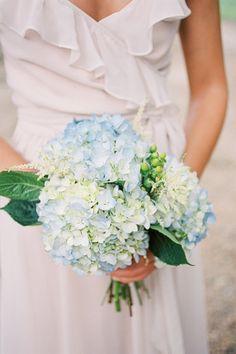 blue hydrangea bouquet | Ashley Seawell #wedding