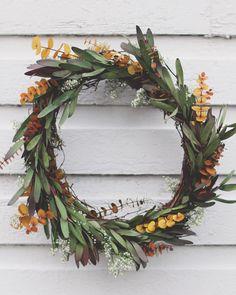DIY eucalyptus leaf wreath