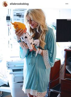 Pinkblushmaternity.com maternity robe