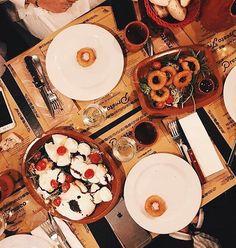 Calamars alla romana panato e gran degustazione de mozarella   #prestofresco #italianfood #italien #pasta #pizza #restaurantitalien #mangeritalien #gourmand #gastronomie #food #cucinaitaliana #italiancuisine