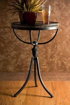 $120.60 IMAX Empire Gallery Tri-Footed Table