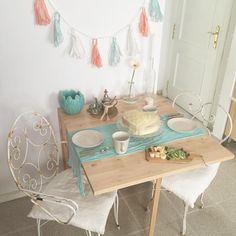 Buenos días mundo ! . . #elclubdeldesayunobonito #desayunosaludable #desayunoslow #breakfast #carrotcake #carrotcakeconbalamoda #instafood #té #myhome #kitchen #kitchendesign #interiordesign #decohome #decor #decoration #slowlife Cake & Co, Tea Time, Kitchen Design, Iron, Interior Design, Instagram Posts, Decor, Gardens, Healthy Breakfasts