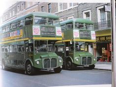 Gravesend Buses in the town centre 480 used to go to Crayford?!!!