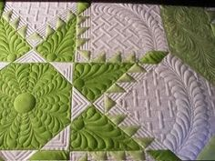 Lime Squeeze - quilted by Sewfarsewgood.