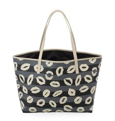 Una shopping per tutti MARC BY MARC JACOBS