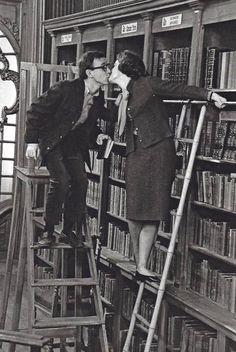 Kissing in libraries:  woodyallenscenes:    Allen & Schneider