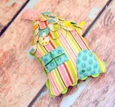 Woodland Cottage Pincushion ~ Free Pattern and Tutorial - The Cottage Mama