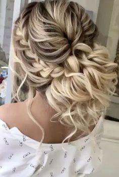 Featured Hairstyle: Elstile; www.elstile.com; Wedding hairstyle idea. #weddinghairstyles