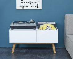 Store your records with the Cubit® shelf and sideboard Englisch News Ikea Vinyl Storage, Vinyl Record Storage, Lp Regal, Record Player Cabinet, Ikea Eket, Inspired Homes, Wood Furniture, Vinyl Records, Storage Chest