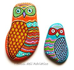 Painted Owl Stones by Sehnaz Bac / Sassi Dell'Adriatico / Pebbles of Adriatic Sea