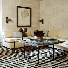 A Media Room in Aspen with walls of chestnut blocks and a painting by Lucio Fontana Media Room Design, Studio Living, Classic Architecture, Contemporary Interior, Decor Interior Design, Interior Inspiration, Living Spaces, Living Rooms, Mid-century Modern