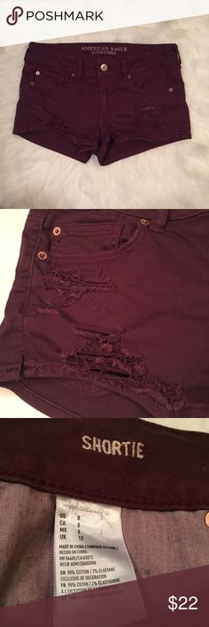 "American eagle distressed shorts Size 8, also fit 6 in my opinion. ""Shortie"" cut. Maroon color.  No flaws. ❌no trades, make me an offer :)                                        Lay flat measurements                                                         Rise- 8.5 in Inseam- 2 in Waist- 15.5 in American Eagle Outfitters Shorts"