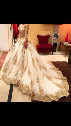 Love the design of this wedding dress. Fairytale Desi bridal dress.