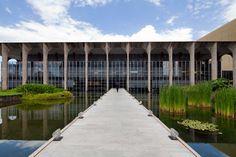 Itamaraty Palace by Oscar Niemeyer   http://www.yellowtrace.com.au/brazilian-architect-oscar-niemeyer/