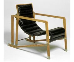 As the Centre Pompidou opens an exhibition celebrating the work of designer and architect Eileen Gray, 1883 charts her most iconic pieces. Eileen Gray, Outdoor Chairs, Outdoor Furniture, Outdoor Decor, Modernisme, Perriand, Centre Pompidou, Selling Furniture, Floor To Ceiling Windows