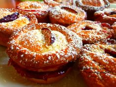 Eat Pray Love, Hungarian Recipes, Sweet And Salty, Winter Food, Doughnut, Minion, Muffin, Food And Drink, Cooking Recipes