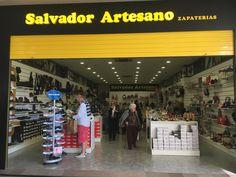Tienda en la zenia boulevard,cadena de zapaterías www.salvadorartesano.com
