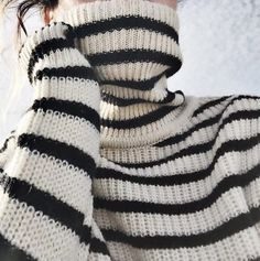 It's Sweater Weather! Looks Style, My Style, Style Marin, The Cardigans, Breton Stripes, Fashion Corner, Striped Turtleneck, Stripes Fashion, Costume