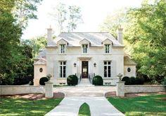 Home in Atlanta, Georgia by architect D. Stanley Dixon.