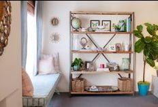 Zimmer Einrichten, Wohnzimmer, Bank Unter Windows, Regal Display, Offene  Regale, Leben Auf Kleinem Raum, Appartment Therapie, Wohnungseinrichtung,  ...