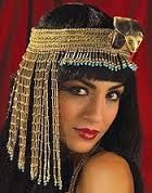 Glamorous Cleopatra Asp Headpiece for Ladies. Egypt's goddesses will look fabulous in the gorgeous asp snake beaded headpiece. Fabulous headpiece that will enhance your Cleopatra/roman/Egyptian goddess look. Ancient Egyptian Women, Egyptian Beauty, Egyptian Goddess, Egyptian Art, Cleopatra Costume, Egyptian Costume, Egyptian Headpiece, Cleopatra Headdress, Egyptian Hairstyles