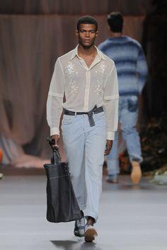 Francis Montesinos Spring Summer 2013 Mercedez Benz Fashion Week Madrid #menswear #menfashion #fashionweek #malemodel #model #mbfwm