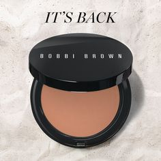 Guess who's back? Our best-selling Elvis Duran Bronzing Powder gives skin a perfect, natural-looking glow.