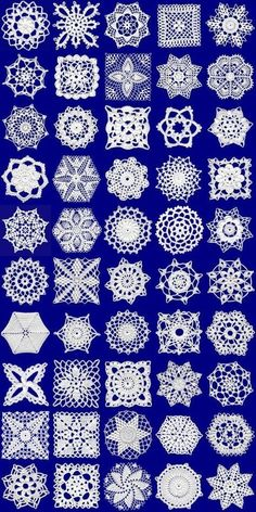 image detail for artes da crochet motifs by sonagrig This Santa Pants Crochet Cutlery Holder is an easy FREE Pattern that will look cute on your table. Check out the Coasters, Pot Holder and… Crochet assorted patterns - pinned from Photobucket Album -Cr Crochet Motifs, Crochet Blocks, Crochet Squares, Thread Crochet, Easy Crochet Patterns, Crochet Granny, Irish Crochet, Crochet Designs, Crochet Crafts