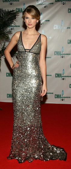 Taylor Swift did right by Kaufman Franco at the 2008 CMA Awards #RedCarpet