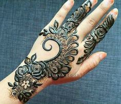 Henna Design Step by Step Images Gallery - Latest Easy Henna Tattoo Designs Step by Step for beginner. this is the best henna design that easy to draw Latest Arabic Mehndi Designs, Modern Mehndi Designs, Mehndi Design Pictures, Unique Mehndi Designs, Beautiful Henna Designs, Mehndi Designs For Hands, Henna Tattoo Designs, Mehandi Designs, Mehndi Images