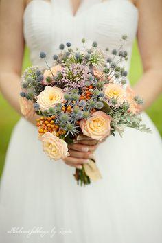 delightful wedding bouqet