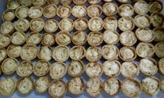 Need a recipe for a tasty sweet snack? Try this South African milk tartlets recipe for a delicious baked treat today. Stork – love to bake. Baking Tips, Baking Recipes, Dog Food Recipes, Healthy Recipes, Milk Tart, Mini Milk, South African Recipes, Thinking Day, Bread And Pastries