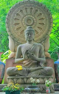 The lord Buddha Gautama Buddha, Buddha Buddhism, Tibetan Buddhism, Buddhist Art, Buddhist Temple, Buddha Artwork, Buddha Painting, Zen Meditation, Good Vibes