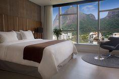Será aberto em dezembro o luxuoso Gran Meliá Nacional Rio! O edifício icônico projetado por Oscar Niemeyer em 1972, preserva suas características originais e conta com heliponto e jardins projetados por Burle Marx, além de obras de arte de renomados artistas brasileiros. Estamos de malas prontas, e você? #InspiredByRed