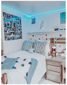 Dorm Room Designs, Room Design Bedroom, Room Ideas Bedroom, Bedroom Designs, Blue Bedroom Ideas For Girls, Blue Teen Girl Bedroom, Bedroom Inspo, Bed Room, Master Bedroom