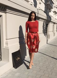 Red Skirts, Dresses For Work, Fashion, Moda, Fasion, Trendy Fashion, La Mode
