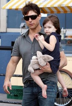 Suri Cruise and Tom Cruise - Tom Cruise And Suri Spending Some Time Together