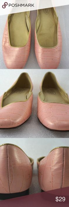 """Pink Flats Croc Gator 7.5B Womens Talbots Shoes For sale is a pair of flats by Talbots. The top is a pink crocodile/alligator embossed design. The soles are leather.   Size: 7.5B Length: 10.25"""" from back of heel to front of toe Width: 3.25"""" at widest part of sole Heel: 0.25""""  I'll ship within 24 hours  Thank you Talbots Shoes Flats & Loafers"""
